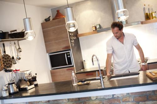 Keuken met hardsteen bladnoknok interieurarchitectuur en meubelontwerp - Keuken wit en groen ...